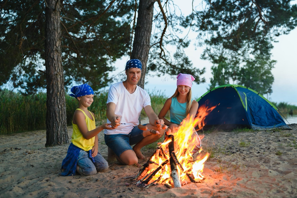 How to Have an Awesome Family Campfire Experience