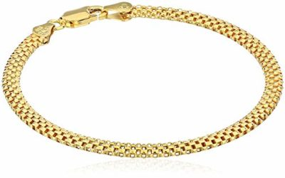 """Amazon Essentials Yellow Gold Plated Sterling Silver Mesh Chain Bracelet, 8"""""""